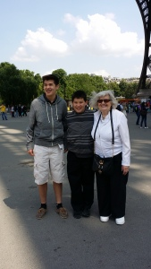 Mom and kids in Paris